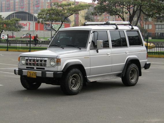 Mitsubishi Montero Campero Wagon