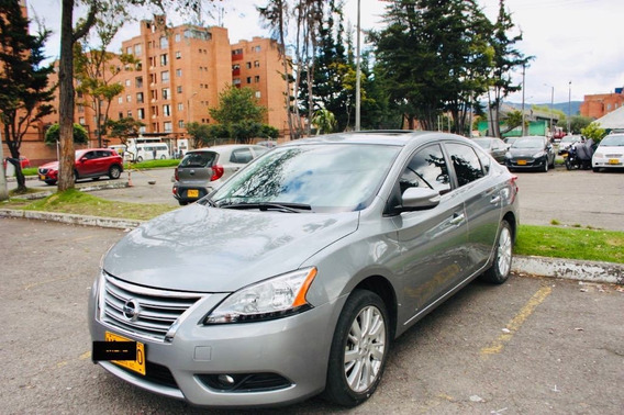 Nissan Sentra Exclusive Full Equipo 2015