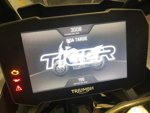Imagem 1 de 4 de Triumph