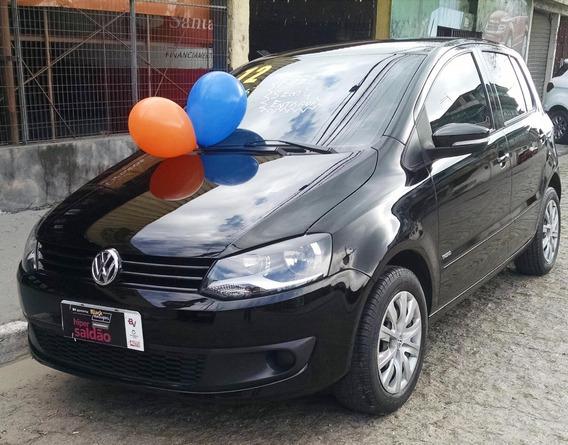 Volkswagen Fox Trend 1.6 Flex Ano 2012