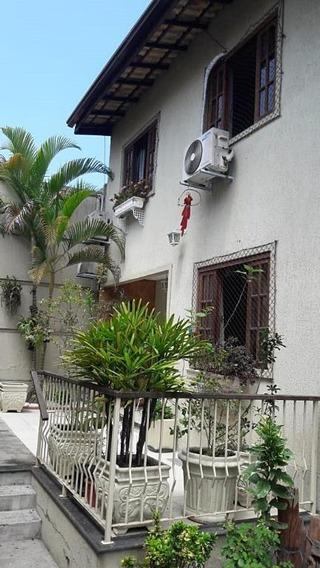 Casa Em Maria Paula, São Gonçalo/rj De 50m² 2 Quartos À Venda Por R$ 260.000,00 - Ca243591