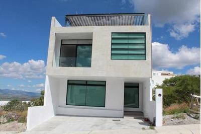 Casa En Renta En Zibata, El Marques, Rah-mx-20-476