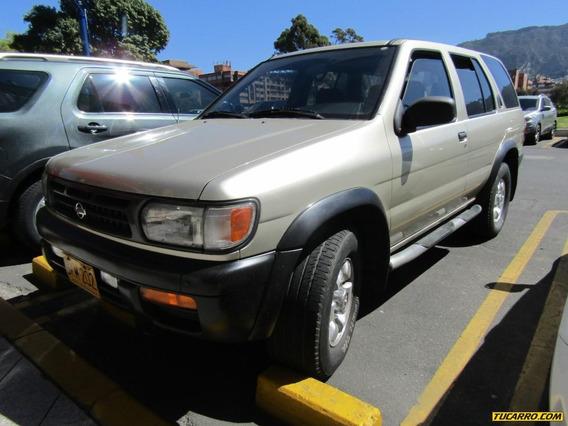 Nissan Pathfinder Se 3.3 At