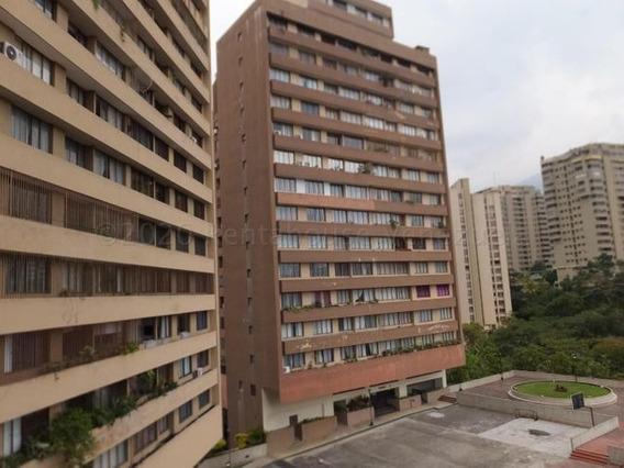 Alquiler Apartamento Quinta Altamira 3 Hab Dg Mls #21-7192