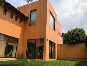 En La Loma, Condominio De 20 Casas