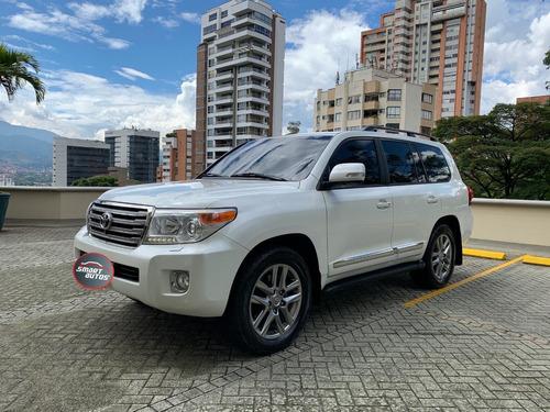 Toyota Sahara Vxl Diesel 2013