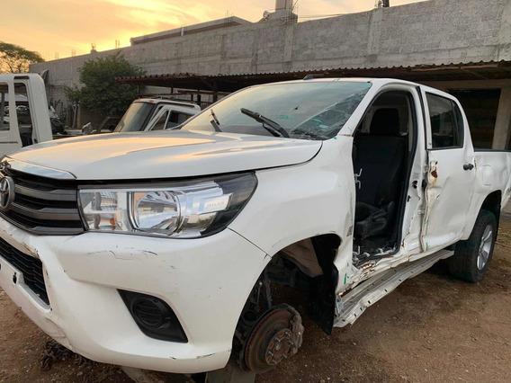 Toyota Hilux 2.7 Cabina Doble Mt Venta De Refacciones