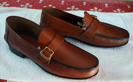 Zapato De Cuero Nuevo
