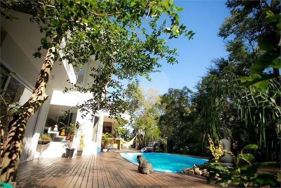 Casa Em Meio A Muito Verde E Local Tranquilo Em Condomínio Fechado No Itacorubi, Florianópolis, Sc - 29-im335161