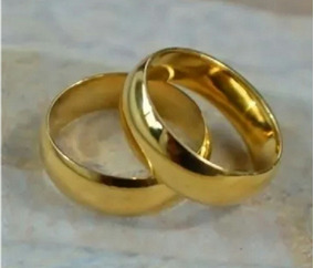 Aliança Anel Aço Inox Cirúrgico Namoro Compromisso Ouro