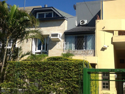 Casa Condomínio Em Ipanema Com 3 Dormitórios - Li261477