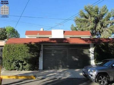(crm-5206-1347) Cómoda Casa Con Caseta De Seguridad A Unos Pasos De Centro Comercial P