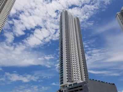 Apartamento En Alquiler En Costa Del Este Em 18-3046