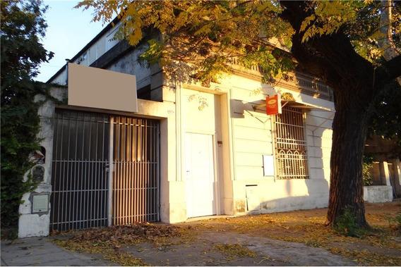 Casa Lote Propio 8.66x30 + Depto En Planta Alta