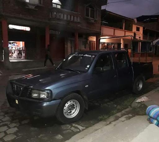 Camioneta Doble Cabina Mazda Excelentes Condiciones