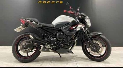 Yamaha Xj6 -