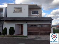 Se Vende Casa En Planes De Miraflores