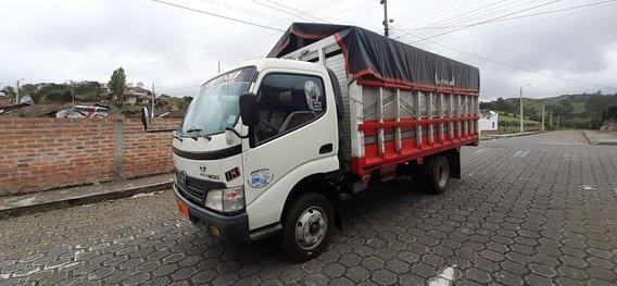 Se Vende Camion Hino Dutro 2010