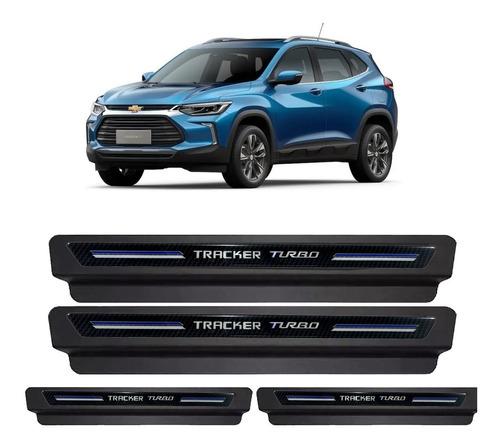 Imagem 1 de 6 de Kit Soleira Proteção Porta Chevrolet Tracker Turbo 2020 2021