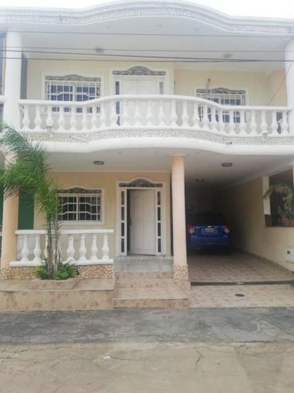 Mls #19-19226 Gaby Vende Casa En Villa Cerrada En Altamira
