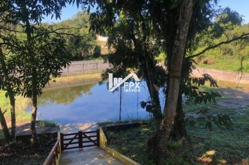 Chácara Mobilada Com Lago Em Itanhaém - Ch045