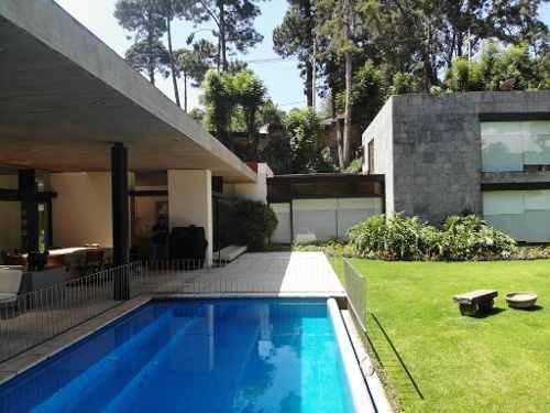 Casa Contemporánea Con Vistas Únicas En Avándaro
