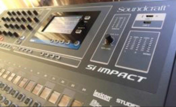 Vendo Mesa De Som Digital Soundcraft Impact 32 Com Case