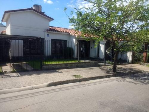 Imagen 1 de 19 de Casa De Tres Dormitorios En Venta En Bajo Palermo