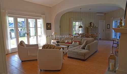 Casa 5 Dormitorios, Mansa, Punta Del Este - Ref: 2832