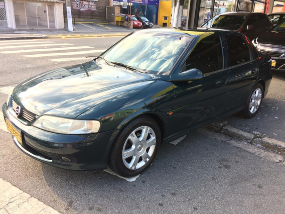 Chevrolet Vectra 2.2 Gl Millenium Ano 2001