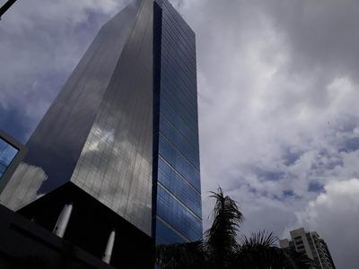 Alquiler De Oficina 19-6381 **hh** Costa Del Este