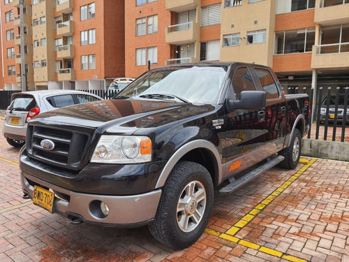 Ford F-150 4x4 Doble Cabina
