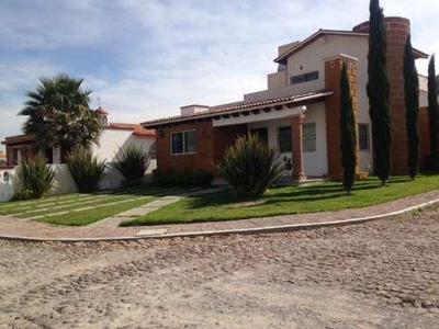 Se Vende Casa En Fraccionamiento El Ciervo En Tequisquiapan