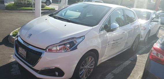 Peugeot 208 1.2l Turbo Puretech Demo 2019