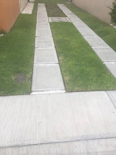 En Puerta Real, Jardín, 3 Autos, 3 Recmaras, Pasillo Lateral