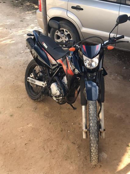 Yamaha 250cc Preto