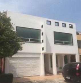 Casa En Uruyen 55, Entrega Inmediata, Adjudicada.