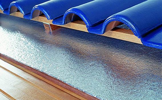Manta Térmica Isolante Telhado Subcobertura 2mm 1face 75 M²
