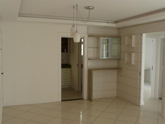 Apartamento No Bairro Centro Em Florianópolis - Lace569