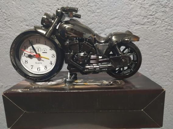 Moto Reloj-alarma
