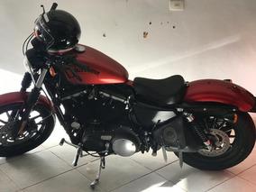 Harley Davidson Iron 883 Vermelha