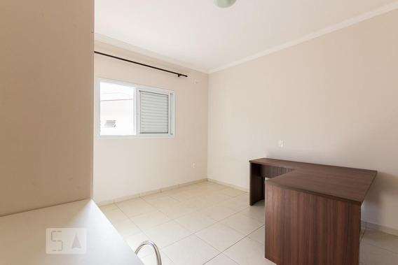 Studio No 1º Andar Mobiliado Com 1 Dormitório E 1 Garagem - Id: 892926041 - 226041