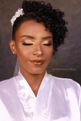 Maquiadora Especialista Em Pele Negra