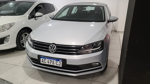 Volkswagen Vento 2018 1.4 Comfortline 150cv