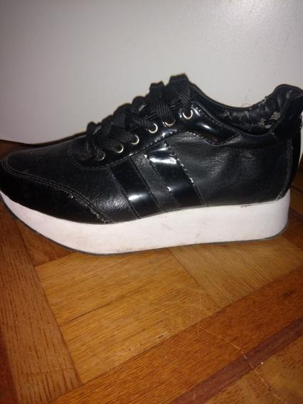Zapatillas Negras Ecocuero