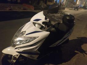 Moto Scooter Automática Italika 2018