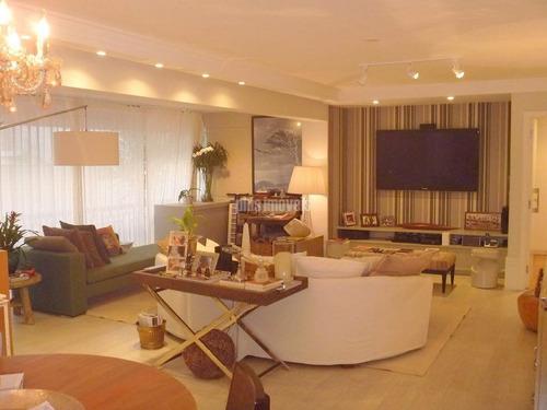 Apartamento Impecável, Claro E Bem Localizado - Ab129748