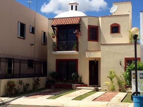Oportunidad Casa En Santa Fé, Frente A Parque En Privada