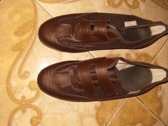 Zapatillas De Mujer, Talle 38. Casi Nuevas.