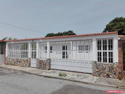Casas En Paraparal Urb. Malabar Guc-176